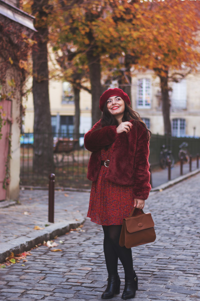 Manteau fausse fourrure rouge grenade Blog Lili Blue Cherry - OOTD (6)